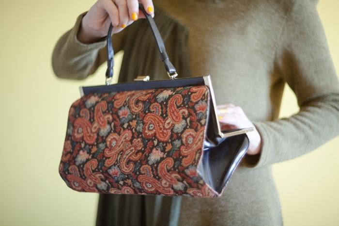 Винтажная сумочка из гобелена 18003